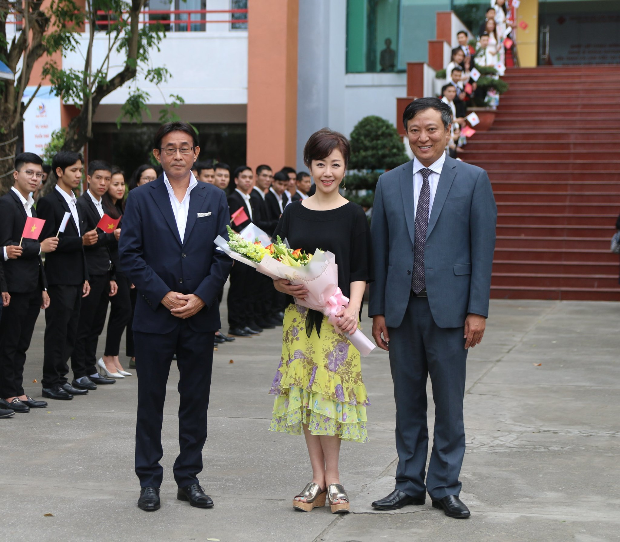 DAU tiếp đón Phu nhân đại sứ - Nghệ sĩ Godai Natsuko