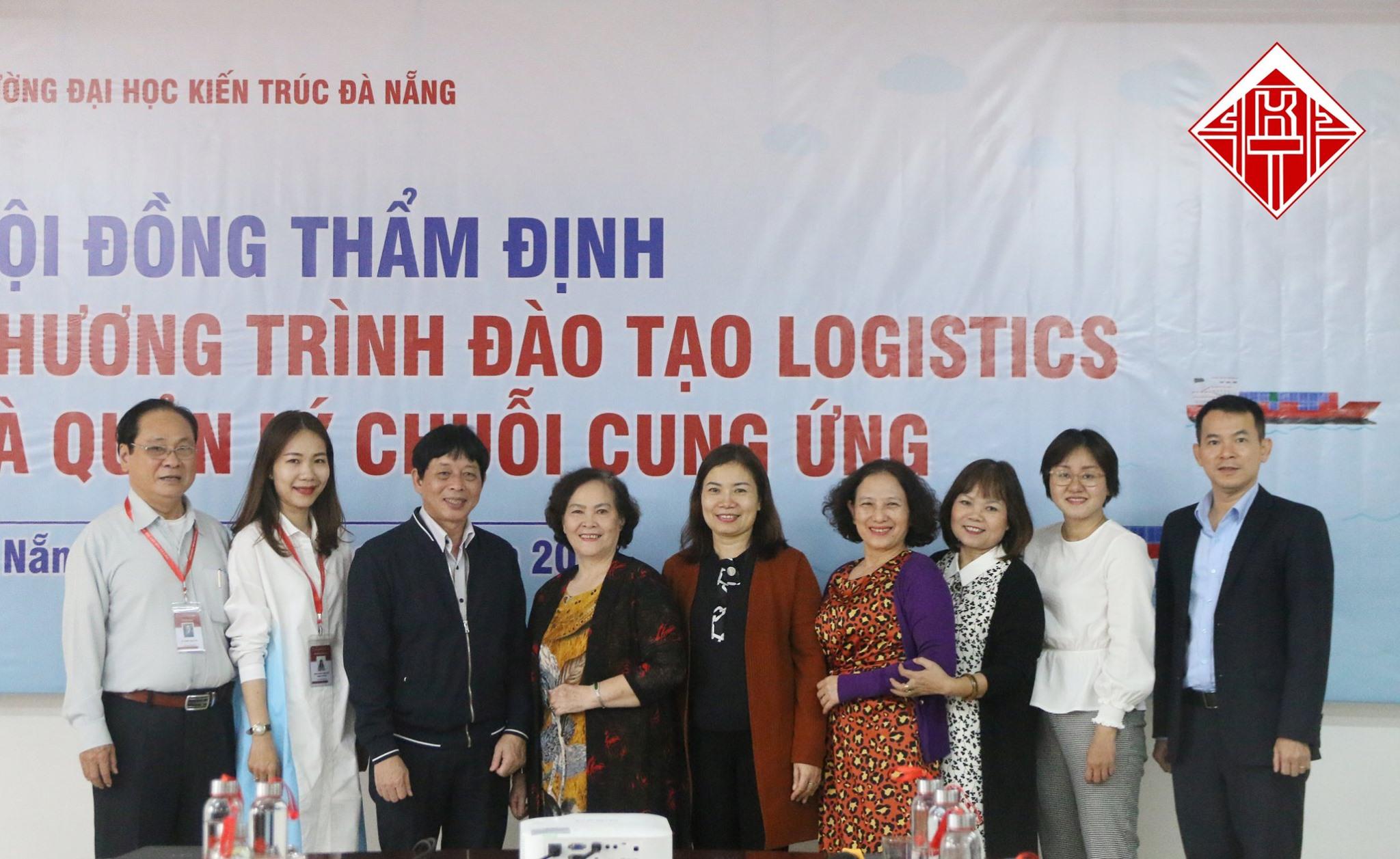 Chương trình đào tạo ngành Logistics và quản lý chuỗi cung ứng của D.a.u được Hội đồng thẩm định thống nhất thông qua